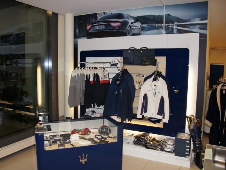 store_showroom03