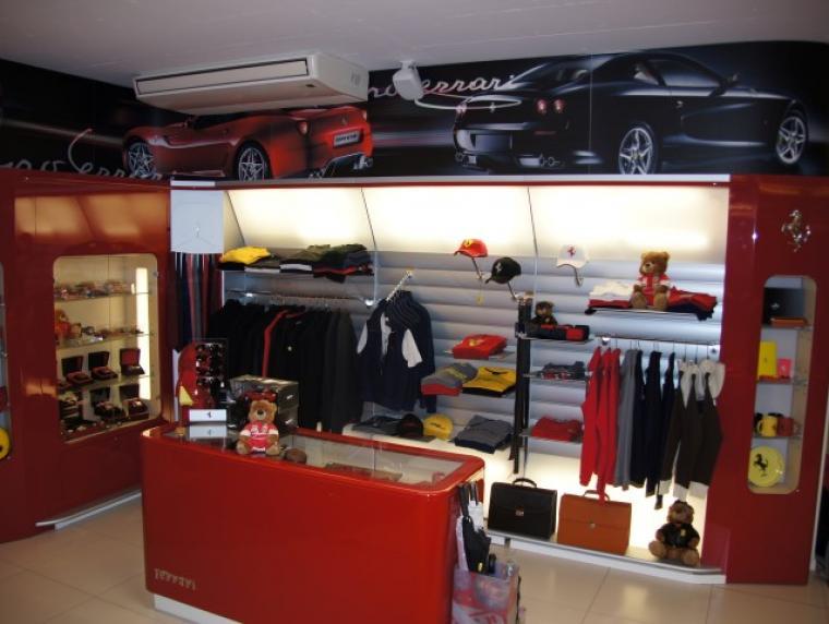 store_showroom02